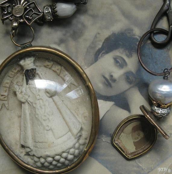 madonna nera deux . necklace