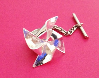 Silver Orgiami Pinwheel Tie Tack
