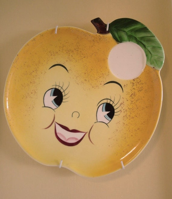 Sunny Golden Apple Face Snack Plate with Hanger