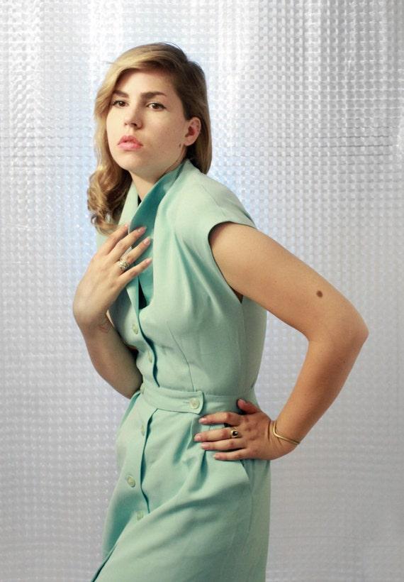 Stunning 1960's VOGUE dress - Vintage classic