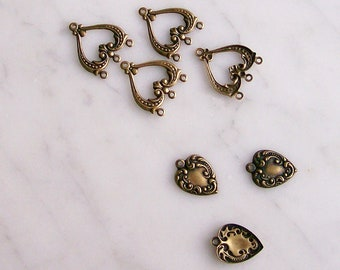 Brass Heart Charms Findings Antiqued Brass Jewelry Parts  8 Pcs