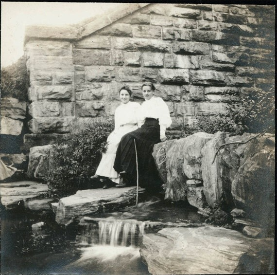 vintage photo Women at Fall Creek 1910