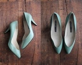 vintage celadon green leather pumps / size 8.5