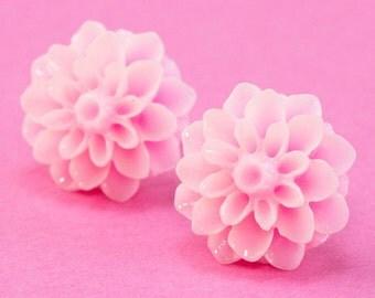 Chrysanthemum Flower Ear Posts - Pastel Pink