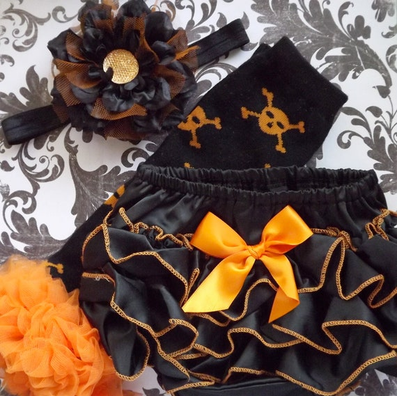 Halloween Black and Orange Bloomers, Legwarmers and Headband for Newborn, Infant and Toddler