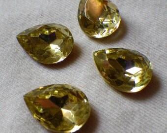 Jonquil 15x11mm Pear Glass Gems Foiled 4 Pcs