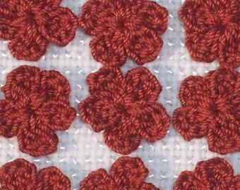 20 handmade russet cotton crochet applique flowers -- 1606