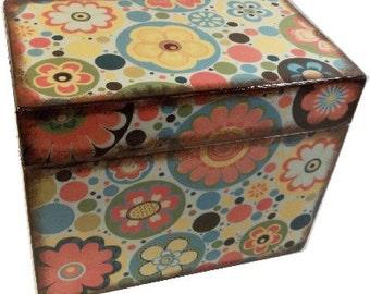Recipe Box, Wood Recipe Box,Personalized Recipe Box,Retro Mod Box, Wedding Recipe Box, Bridal Shower Box, Holds 4x6 Cards, MADE TO ORDER