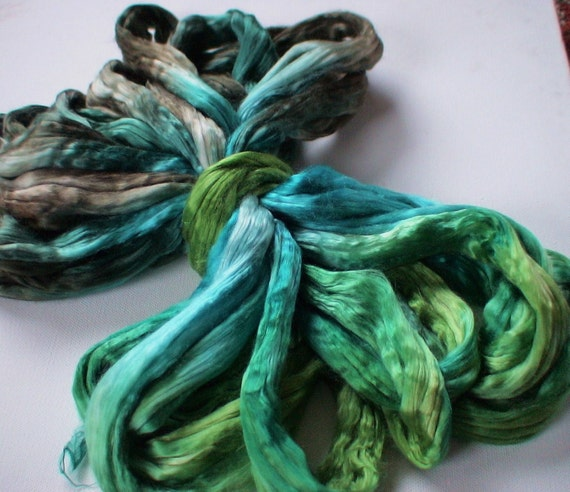 Hand Dyed Mulberry silk roving 2oz