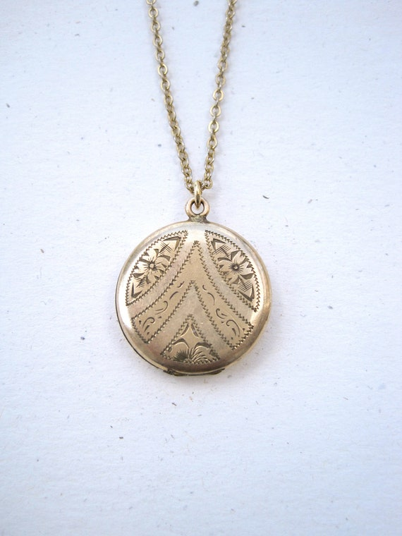 Sweet little gold filled locket engraved with chevron and flowers