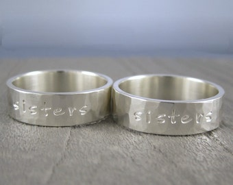 One Sisters ring - Custom hammered sterling silver ring with inscription, sister silver jewerly, sister gift, sister present