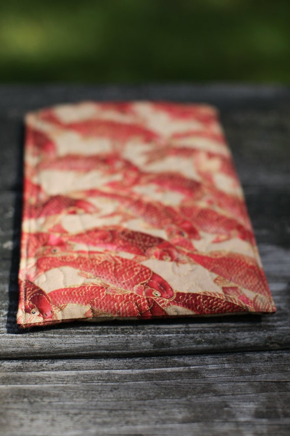 Kindle quilt - red koi