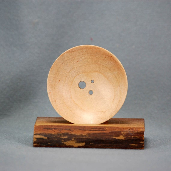Diz - three hole - Curly Maple