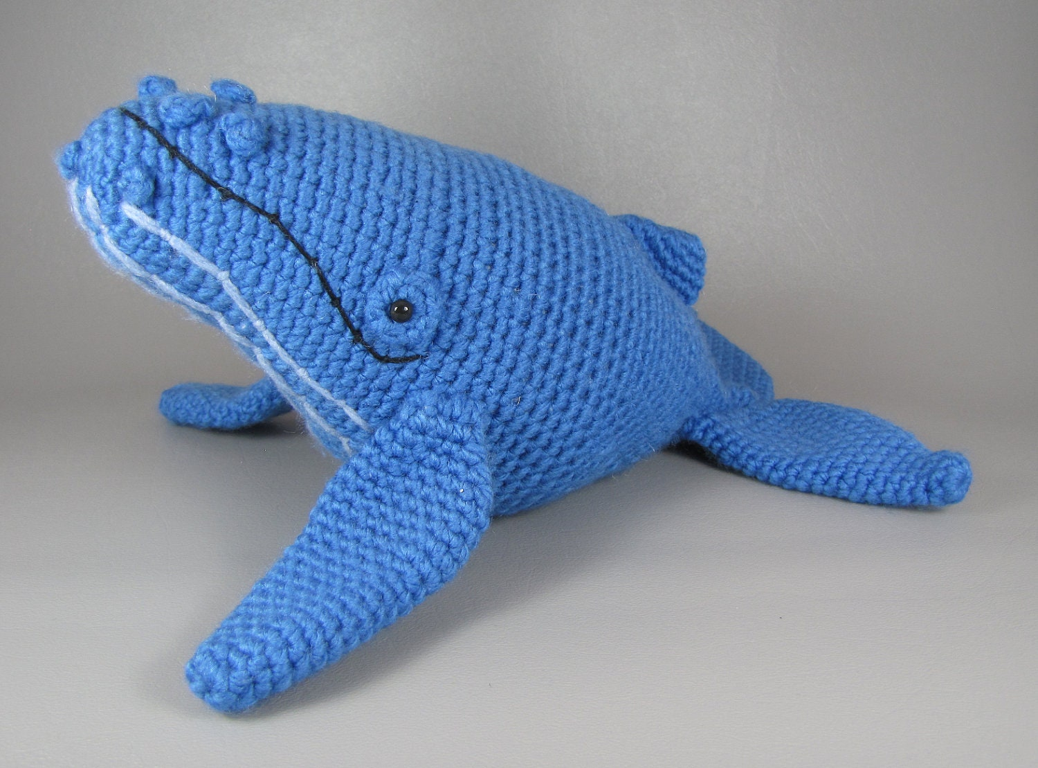 Amigurumi Christmas Ornaments Patterns : Humpback Whale PDF amigurumi crochet pattern