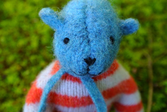 Pogo - Hollis, small wool bear, eco friendly