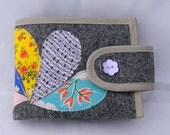 Gray wool and blooming dropelets wallet