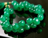1/2 strand of smooth polished green chalcedony onions new color