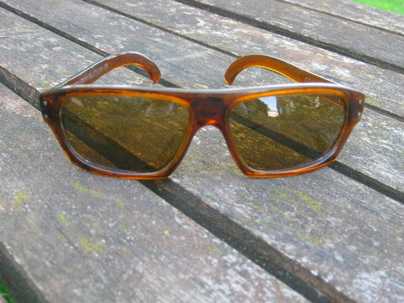 60s Wraparound Sunglasses Cool Ray Vintage  frames Brown