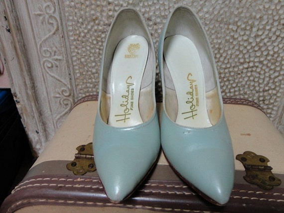 Reserved for Alain                                           Vintage 1950's Pointy Heels