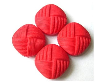 5 Vintage buttons square shape red plastic 20mm