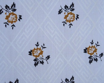 vintage 60s - golden little flowers - vintage fabric - 2.33 yards