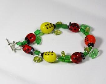 Ladies Like the Leaves Bracelet