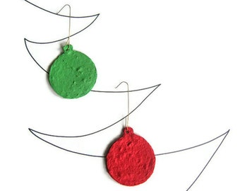 Christmas ornament - Red and green plantable paper balls for place cards, holiday party favor, teacher appreciation, gift tags, decorations
