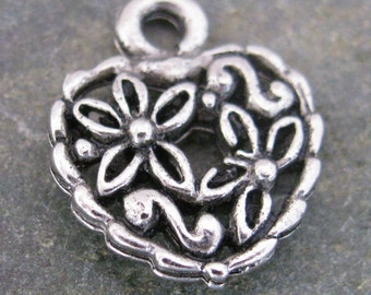 6 Antique Silver Heart Charms Jewelry Findings 362