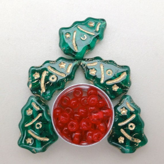 Dark Green Christmas Tree gold etched beads.  Czech Glass Beads.  Red berries free.  GB946  (6) Oh Tannenbaum