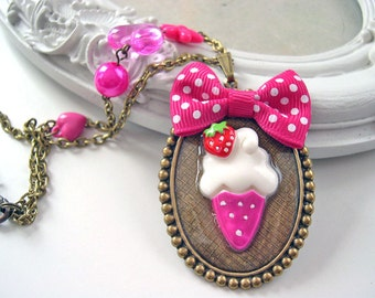 Ice cream cone with bow Kawaii Necklace pink Gothic Lolita