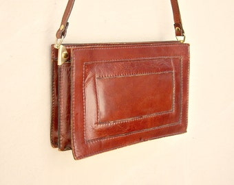 70s leather purse / shoulder bag / rustic cranberry leather tote / roomy large