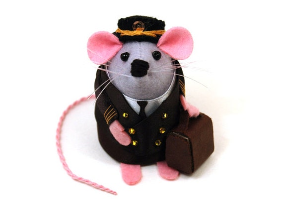 Airline Pilot Captain ornament felt mouse mice cute gift for pilot steward or stewardess animal lover collector - Captain Miles Highmouse