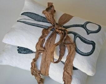 Lavender Sachets SET Dressmaker corset and scissors