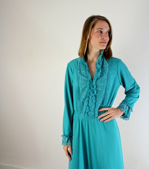 1970s Secretary Dress / Tuxedo Dress / Plus Size Dress