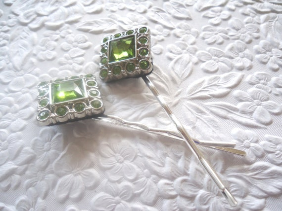 2 green bobby-pins hair-pins -  hair accessory occasion party wedding