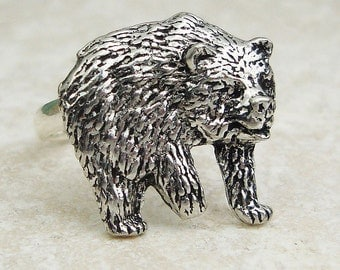 Bear Ring. Antiqued Pewter Silver Plated Wild Bear Ring