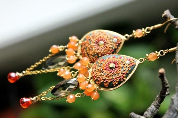 Autumn Colors Statement earrings with Grapefruit Agate , Fiery CZ and bicolor quartz with clay details  on brass filigree - Rêves d'automne