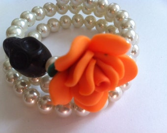 Beautiful Day of the Dead  Sugar Skull Bracelet In Glass Pearls With Skull and Orange Rose