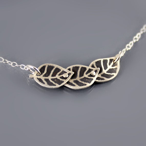 Three Tiny Leaves Necklace - Etched Silver