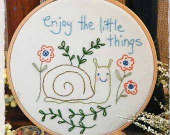 Enjoy little things snail embroidery Pattern pdf - stitchery primitive flowers hoop art summer spring