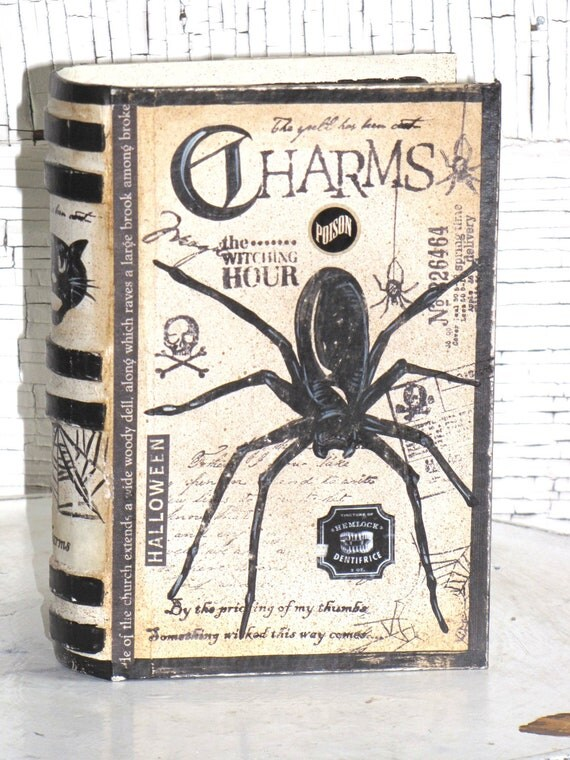 SMALL Vintage Paper Mache Halloween Witch's Book of CHARMS Box hand Painted (SPIDER