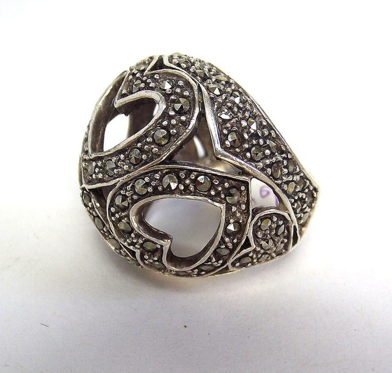 Vintage Sterling Silver Marcasite Dome ring with Hearts