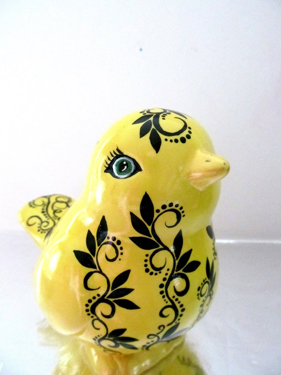 Spring Yellow Birdie: Hand painted Ceramic Bird