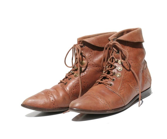 Mocha Brown Leather Lace up Ankle Boots size 5.5