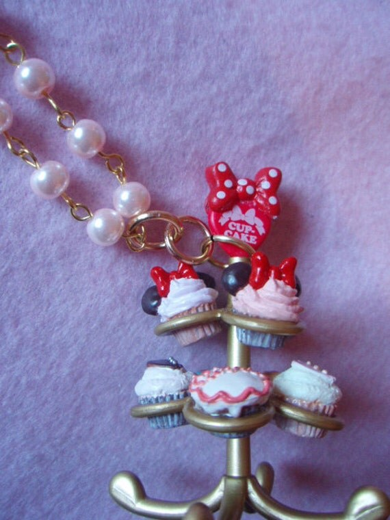 Minnie Mouse Cupcake Stand Necklace
