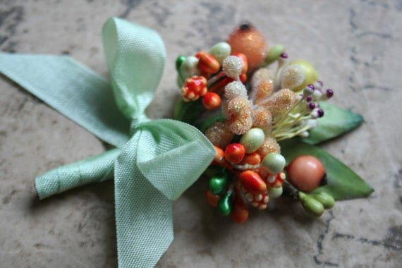 apricot and mint green ribbon wrapped stamen posy