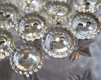 5 Vintage Czech Glass Buttons Handmade Made In Czechoslovakia  7/16th Inch