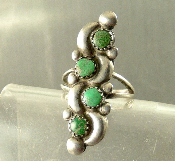 Vintage Sterling Silver Navajo Ring Green Turquoise