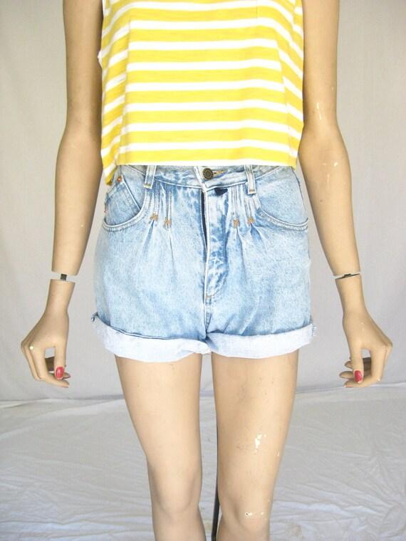 Vintage 80s  ESPRIT Acid Washed Demin Shorts. Size  Small
