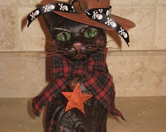 Paper mache Lg Sitting Halloween Cat